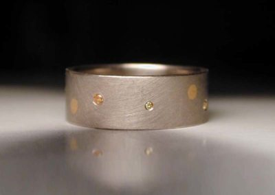 wedding ring, diamonds, palladium gold, gold, colored diamonds, anniversary ring